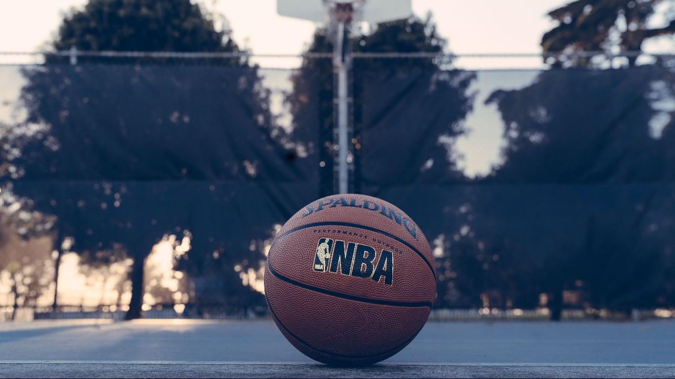 NBA Preseason Kicks Off With LA Lakers Defeating Clippers, 87-81